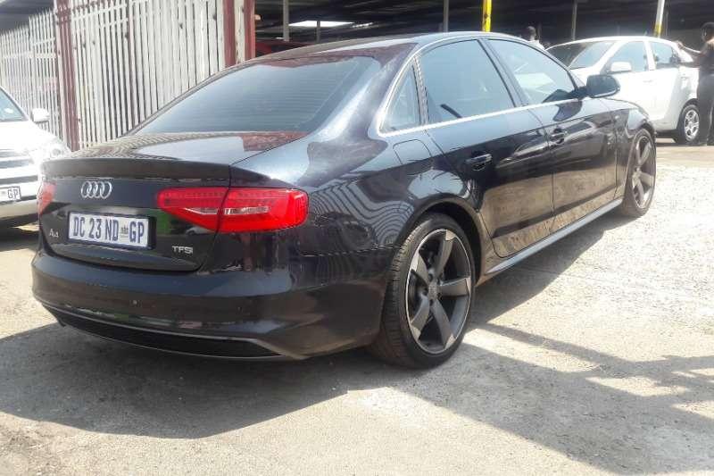 Audi A4 2.0TFSI quattro Sport line 2015