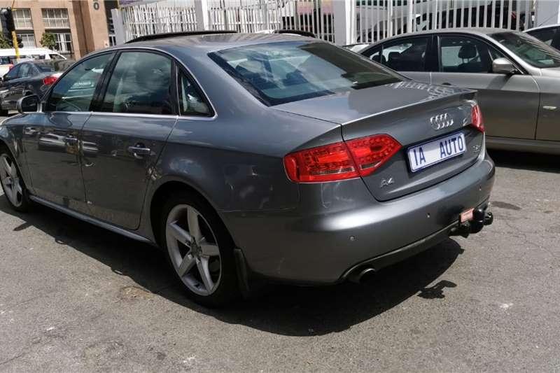 Audi A4 3.2 cabriolet quattro 2010