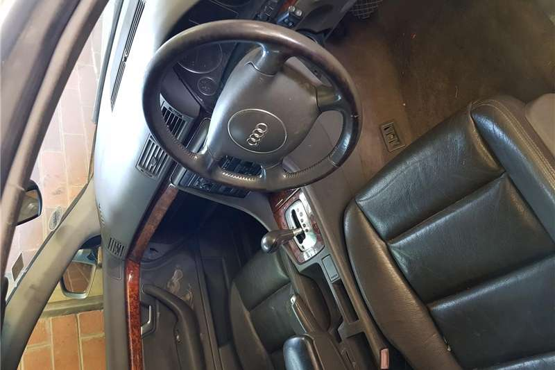 Audi A4 3.2 Multitronic 2002