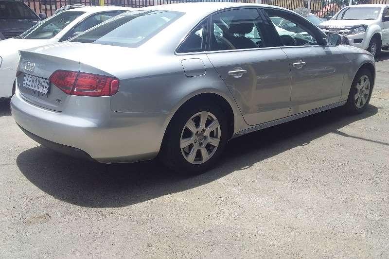 Audi A4 Sedan 2011