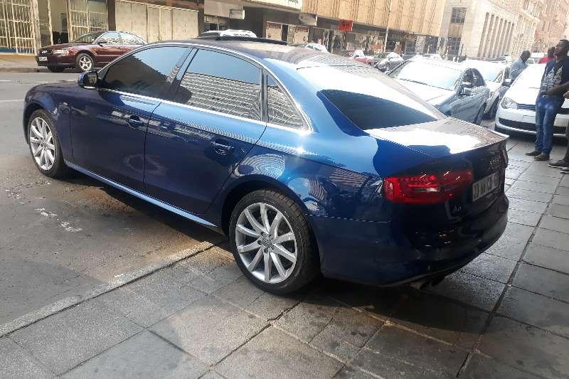 Audi A4 Sedan A4 1.4T FSI SPORT STRONIC (B9) 2013