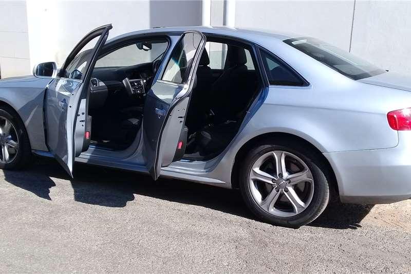 Audi A4 Sedan A4 2.0 TDI SPORT STRONIC (B9) 2015