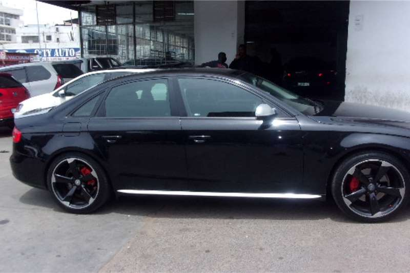 Audi A4 Sedan A4 2.0T FSI ADVANCED STRONIC (40 TFSI) 2021
