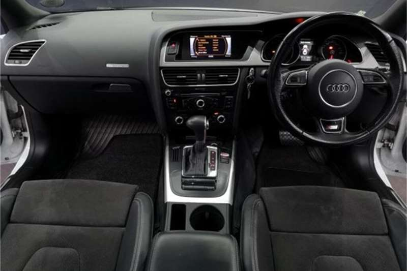 Audi A5 coupe 2.0T quattro 2015
