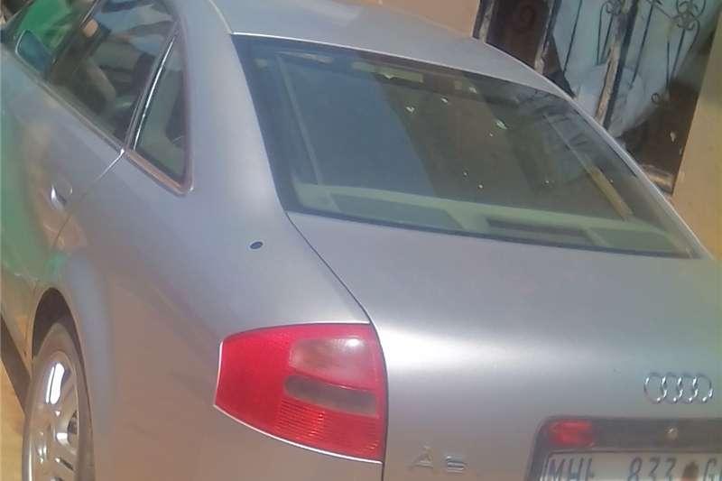 Audi A6 2.0T quattro 2001