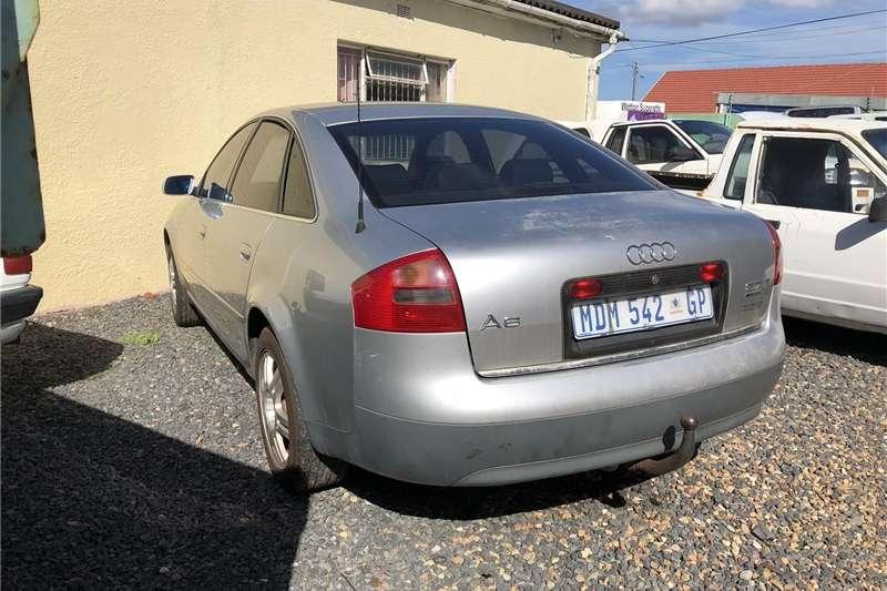 Audi A6 3.2 quattro tiptronic 2000