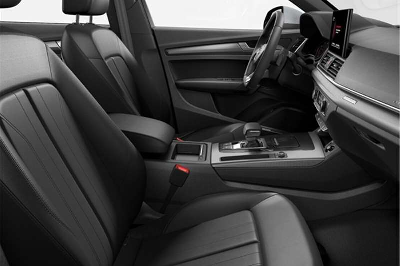 2021 Audi Q5 Q5 2.0 TDI QUATTRO STRONIC  ADVANCED (40 TDI)