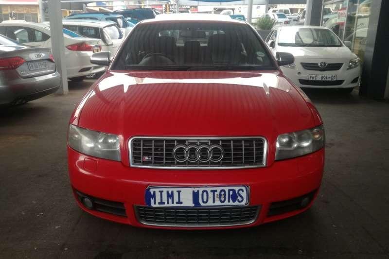 Audi S4 quattro 2006