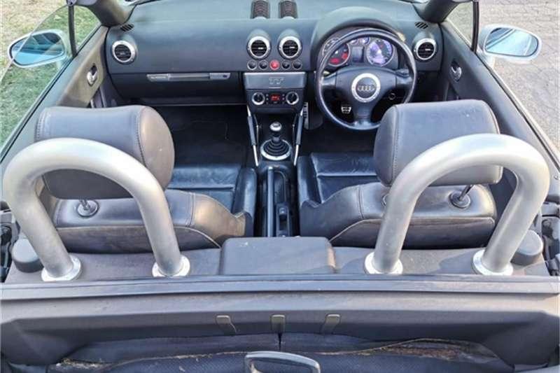 Audi TT 1.8T quattro roadster 2001