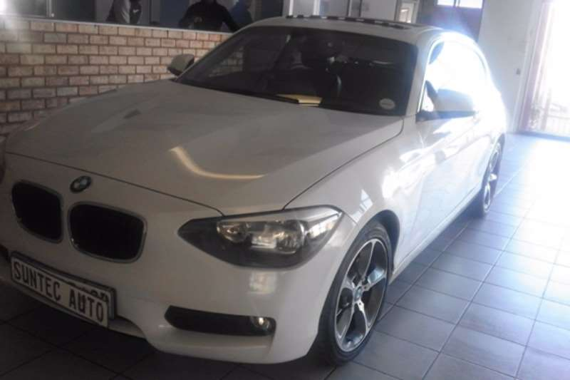 BMW 1 Series 116i 3 door auto 2014