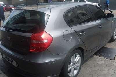 BMW 1 Series 116i 5 door 2011