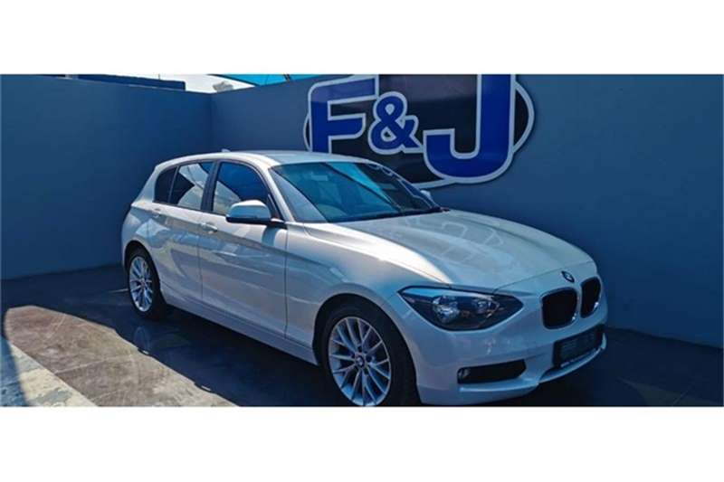 BMW 1 Series 116i 5 door 2012