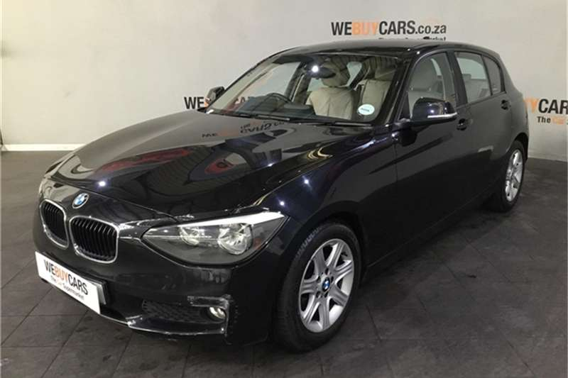 BMW 1 Series 116i 5 door auto 2012