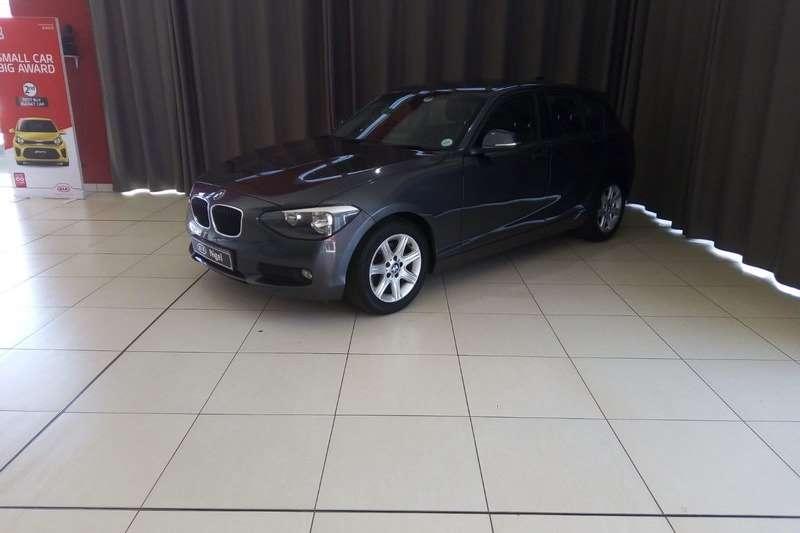 BMW 1 Series 116i 5 door auto 2014