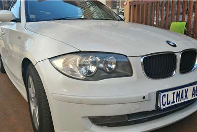BMW 1 Series 118i 3 door auto 2008
