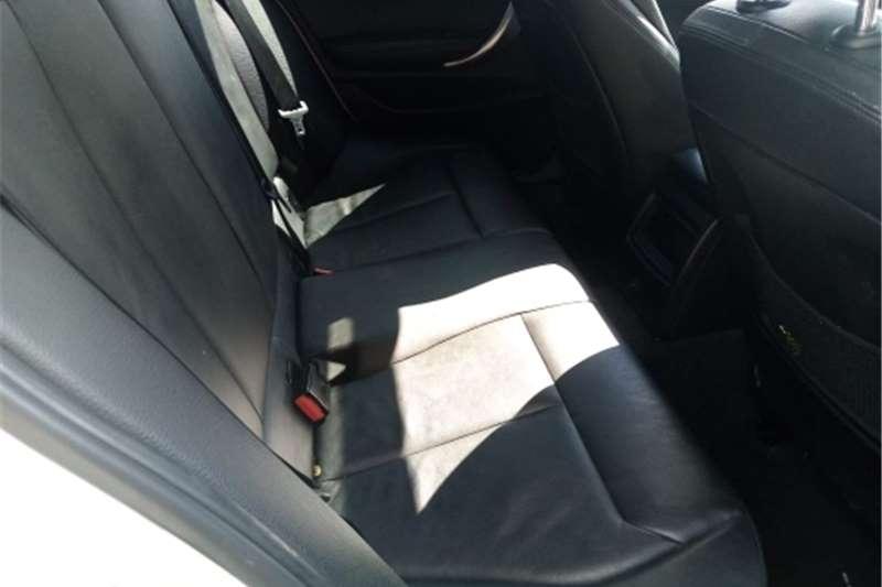 BMW 1 Series 118i 3-door Exclusive 2014