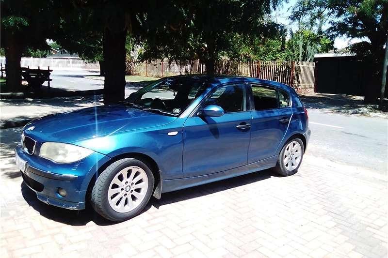BMW 1 Series 118i 5 door 2005