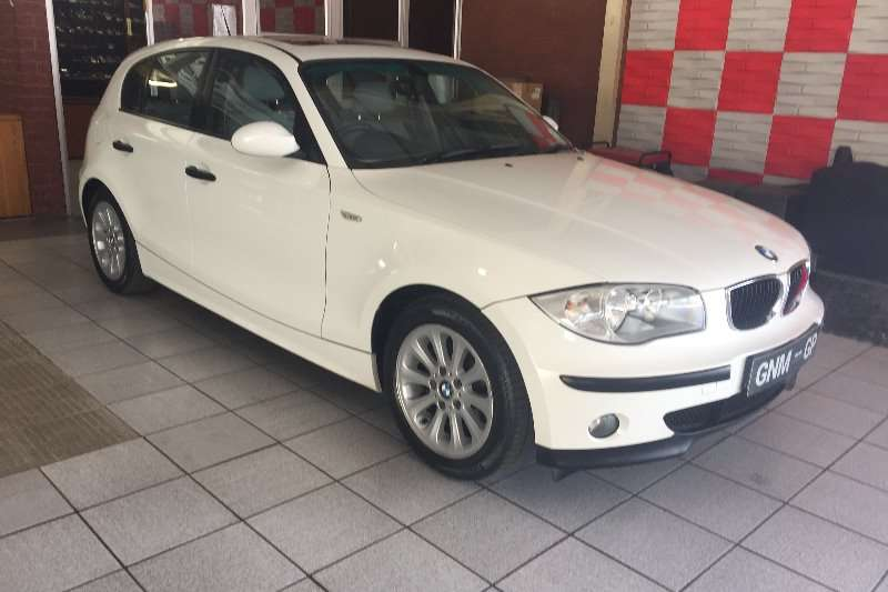 BMW 1 Series 118i 5 door 2007