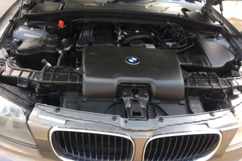 BMW 1 Series 118i 5 door 2011