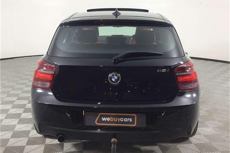 BMW 1 Series 118i 5-door 2012