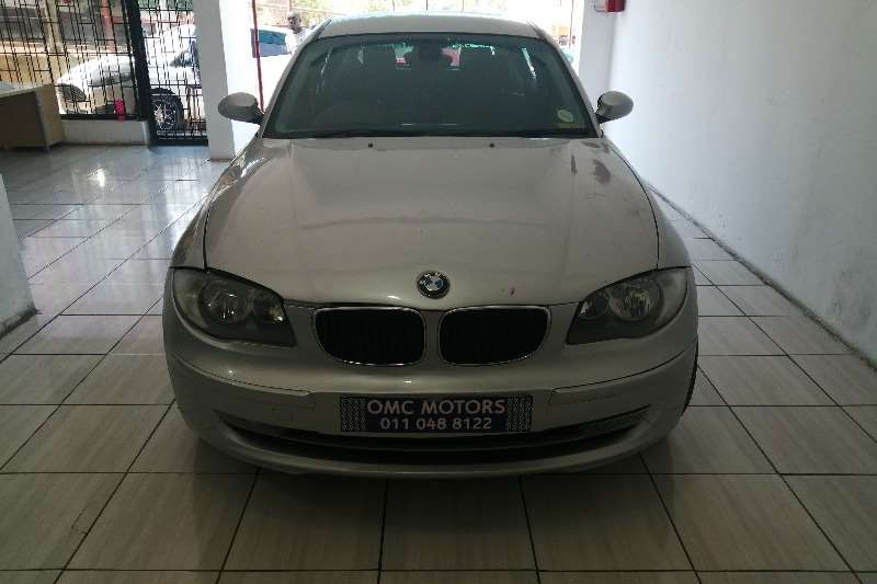 BMW 1 Series 118i 5 door auto 2008