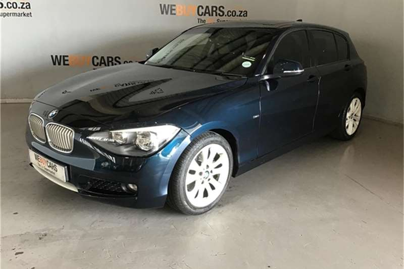 BMW 1 Series 118i 5 door auto 2012