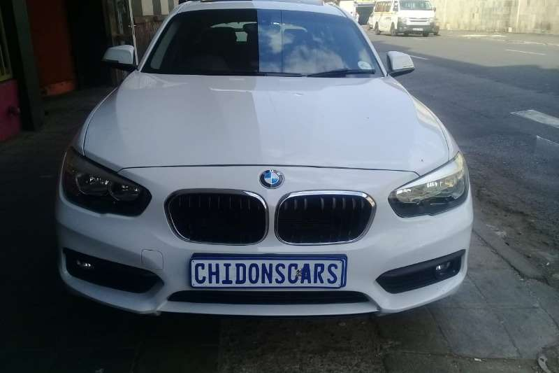 BMW 1 Series 118i 5 door auto 2013