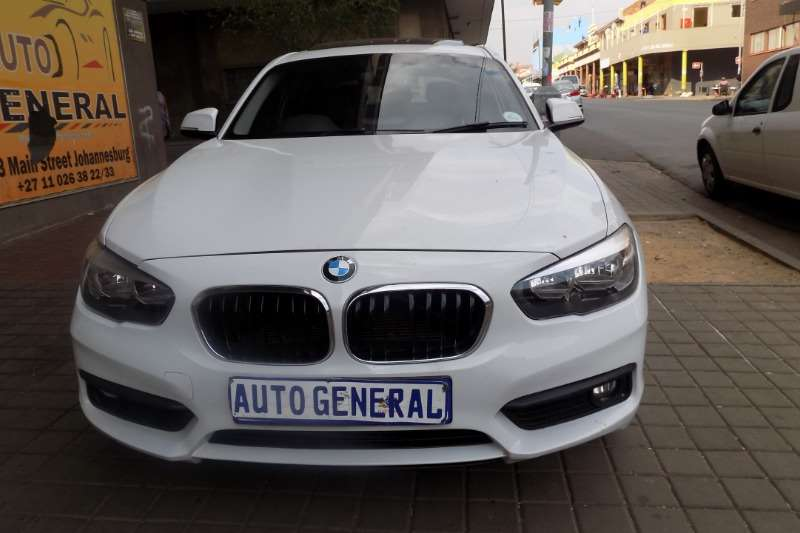BMW 1 Series 118i 5 door auto 2017
