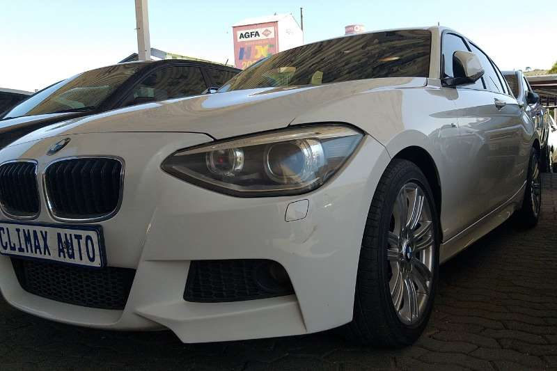 BMW 1 Series 118i 5 door Edition Sport Line Shadow auto 2014