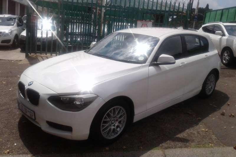 BMW 1 Series 118i 5-door Sport 2012