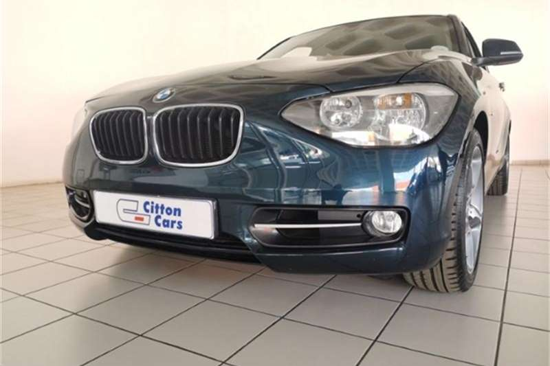 BMW 1 Series 118i 5-door Sport auto 2011