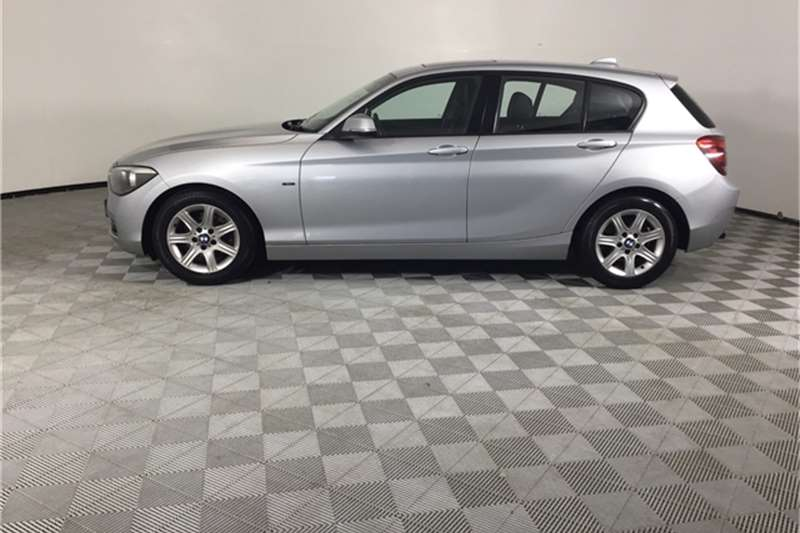 BMW 1 Series 118i 5-door Sport auto 2012