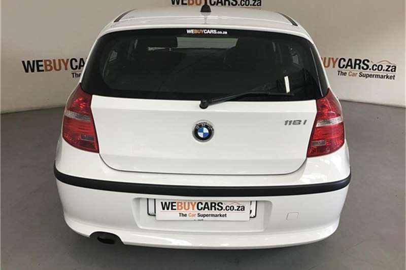 BMW 1 Series 118i 5 door steptronic 2009