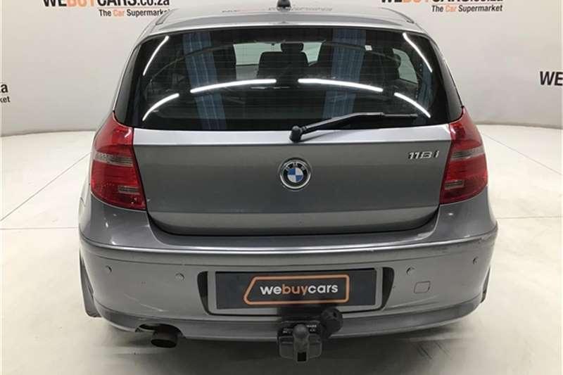 BMW 1 Series 118i 5 door steptronic 2010
