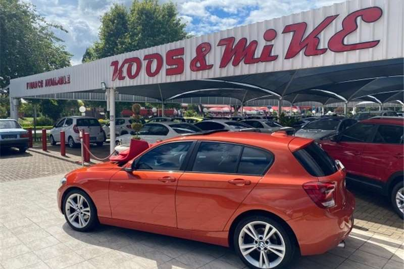BMW 1 Series 118i 5-door steptronic 2013