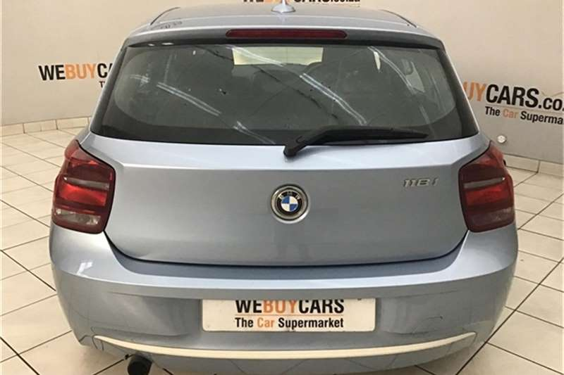 BMW 1 Series 118i 5 door Urban 2012