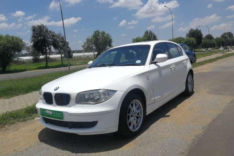 BMW 1 Series 120d 5 door auto 2011