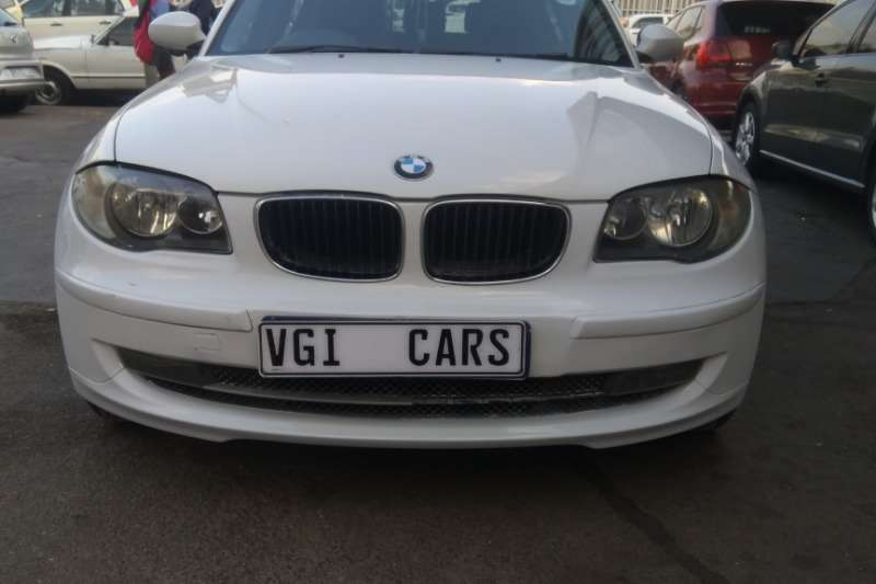 BMW 1 Series 120d 5 door Exclusive 2009