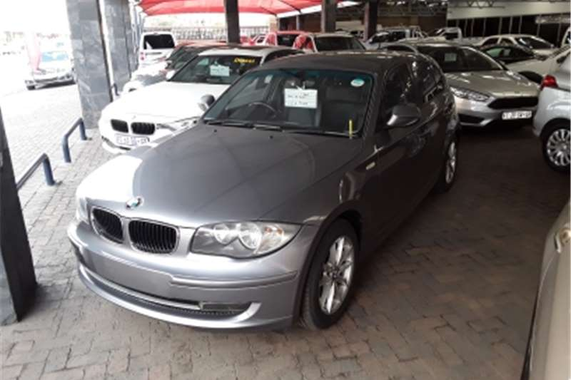 BMW 1 Series 120d 5 door Exclusive 2010