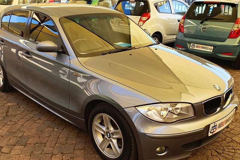 BMW 1 Series 120i 5 door 2006