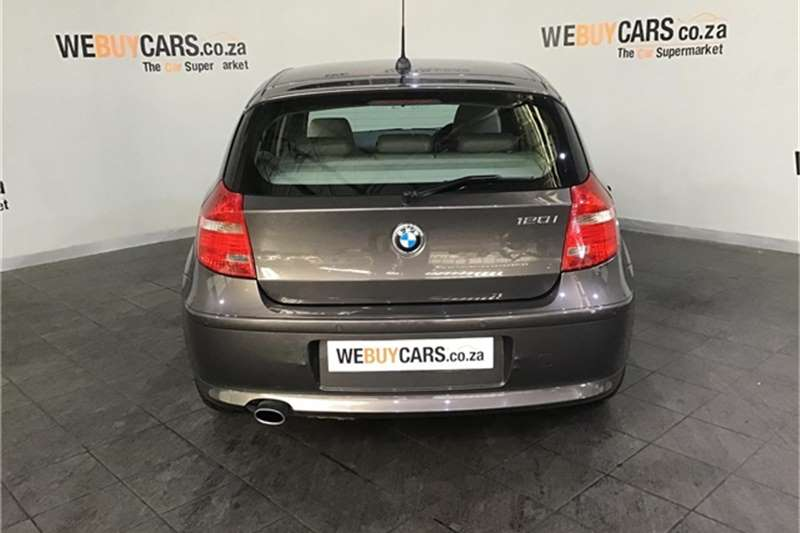 BMW 1 Series 120i 5 door 2007