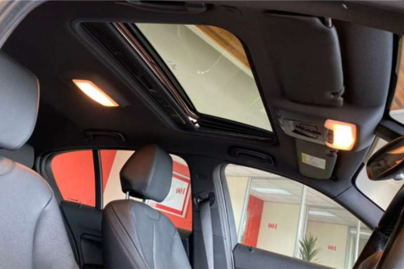 2016 BMW 1 Series 120i 5-door
