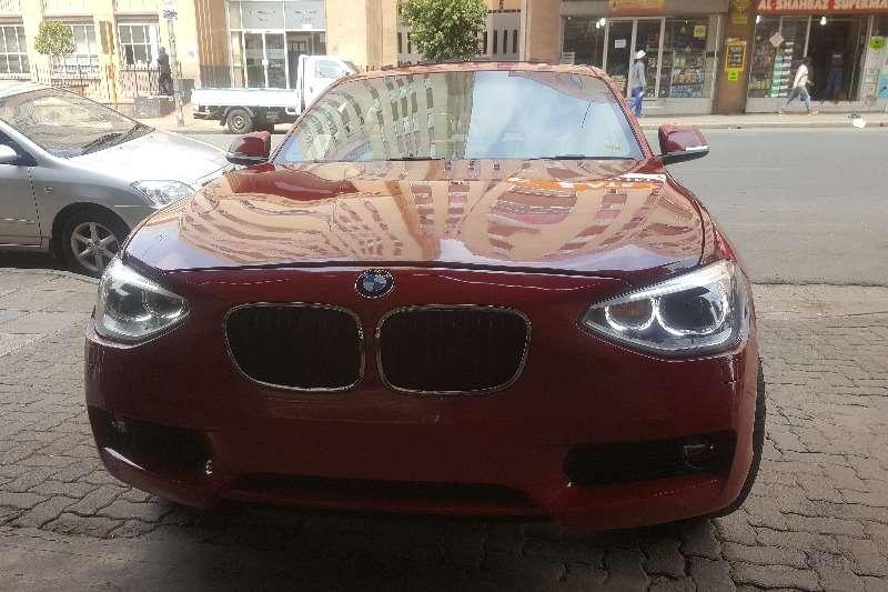 BMW 1 Series 120i 5 door auto 2015