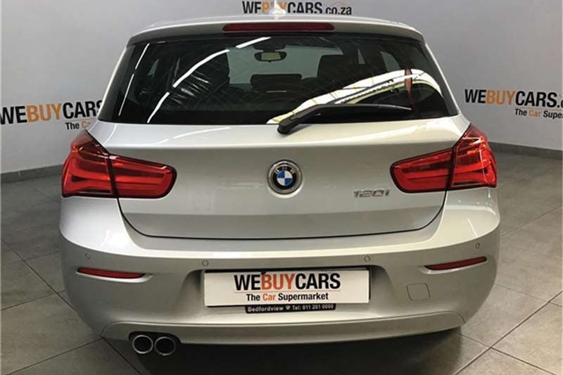 BMW 1 Series 120i 5 door auto 2018