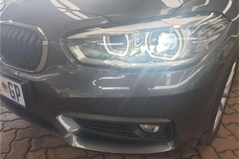 BMW 1 Series 120i 5 door auto 2019