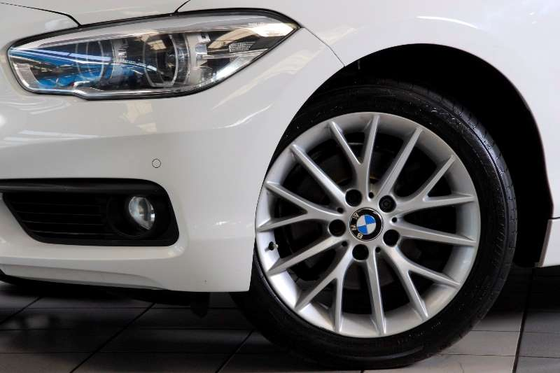 BMW 1 Series 120i 5-door auto(F20) 2015