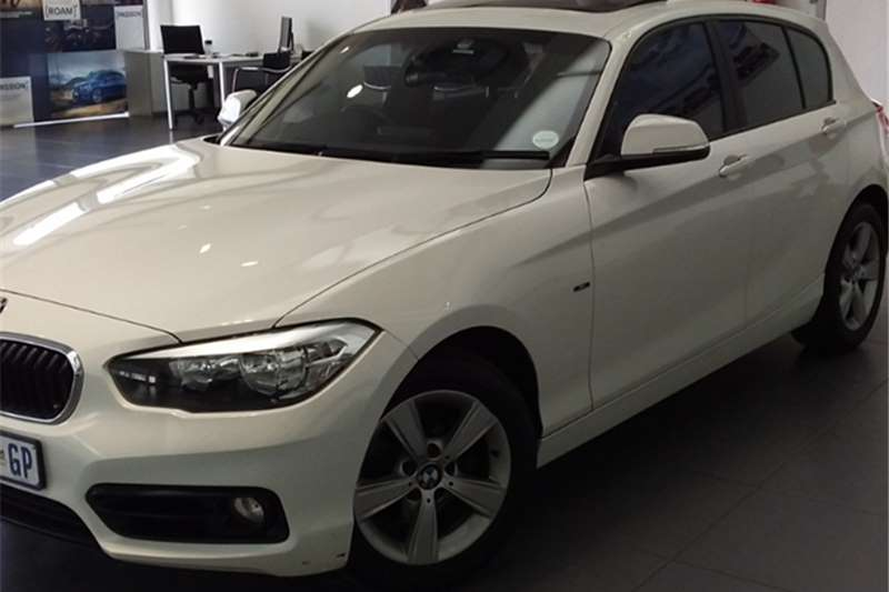 BMW 1 Series 120i 5 door Sport auto 2016