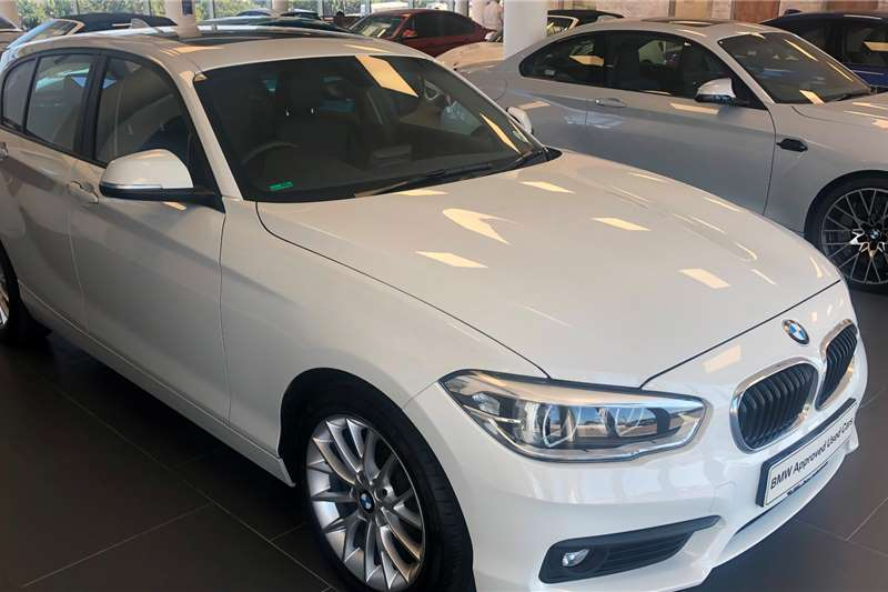 BMW 1 Series 120i 5 door sports auto 2019
