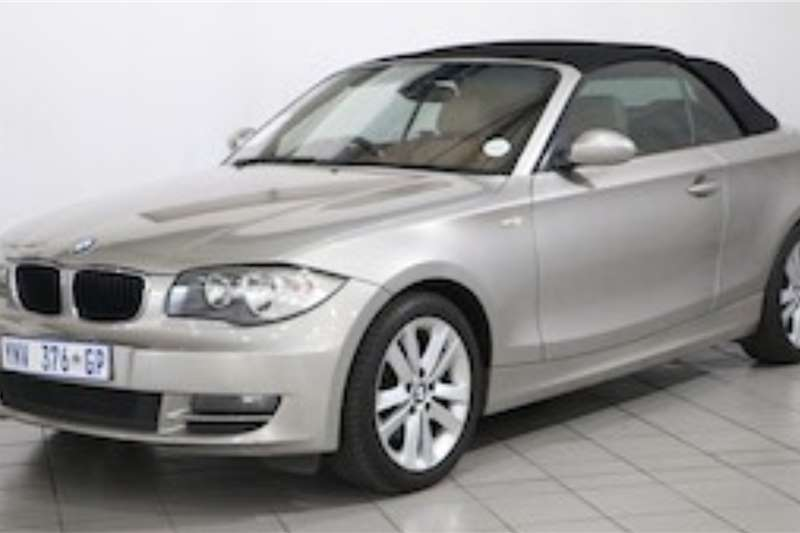 BMW 1 Series 120i CONVERTIBLE A/T 2009