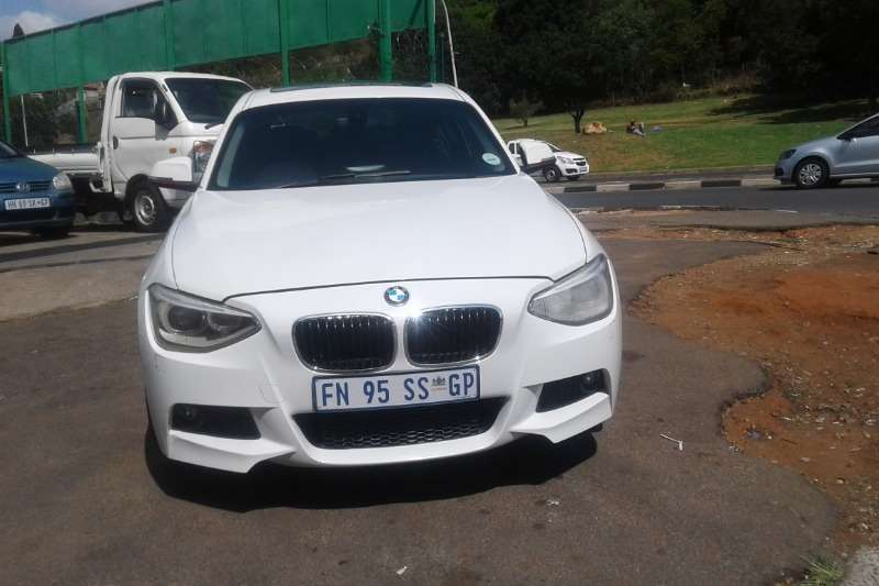 BMW 1 Series 125i 5 door M Sport auto 2012